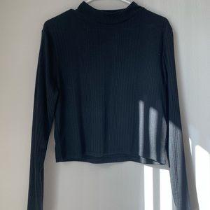 H&M black long sleeve crop top